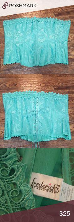 Fredericks of Hollywood Sweetheart Corset 7000 40 Mint green corset with pretty lace. Size 40, great condition. Mint green in color. Frederick's of Hollywood Intimates & Sleepwear Shapewear