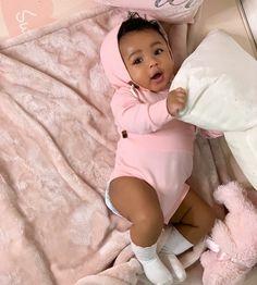 Xnxvra mixed baby belles femmes noires baby beautiful black mixed w baby beautiful belles black femmes So Cute Baby, Cute Mixed Babies, Cute Black Babies, Beautiful Black Babies, Baby Kind, Pretty Baby, Beautiful Children, Little Babies, Cute Kids