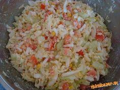 Chutný šalát z čínskej kapusty. No Salt Recipes, Raw Food Recipes, Easy Dinner Recipes, Low Carb Recipes, Snack Recipes, Cooking Recipes, Healthy Salads, Healthy Eating, Vegetable Salad