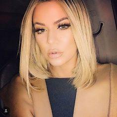 L I P S F O R D A Y S #ombre#balayage#blonde#brunette#hair#olaplex#wella#wellalife#wellaeducation#vancouverhair#vancouver#vancity#la#lahair#hairstylist#guytanghair#guytang#behindthechair#braidsandbalayage#modernsalon#beforeandafter#fashion#girls#ootd#makeup#mua#americansalon#newyorkhair#allaboutdahair#cosmoprofbeauty by thingsbytams