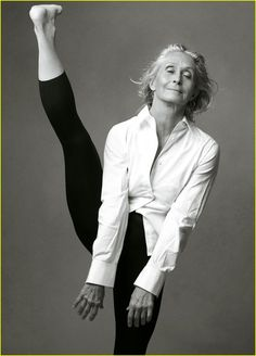 Twyla Tharp, Photo by Annie Leibovitz One of the finest dancers of the past 50 years! I met her at Clowes Hall on the Butler University campus in the early 70's, and she was absolutely beautiful! I love this pic!