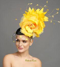 Yellow Fascinator, Bridal Fascinator, Fascinator Hats, Fascinators, Headpieces, Kentucky Derby Fascinator, Kentucky Derby Hats, Royal Ascot Hats, Fancy Hats