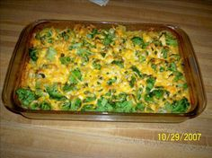 Cheesy chicken, rice and brocolli casserole