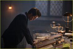 Star Hollywood: Dominic Sherwood Vampire Academy' Moroi Infographic & Stills
