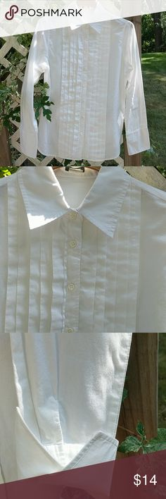 J. Crew blouse White pleated front blouse. Fold over cuff.  Gently warn, excellent condition. J. Crew Tops Blouses