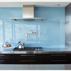 Gestalten Sie Ihre Küche mit unseren wunderschöner Glasrückwände.   http://www.silestone-deutschland.com/glasrueckwand-farbige-glasrueckwand