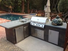 An outdoor barbeque island that looks like wooden furniture fine custom bbq island frame kit l solutioingenieria Image collections