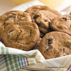 Gooseberry Patch Recipes: Giant Chocolate Malt Cookies from 150 Hearty Homestyle Recipes Cookbook
