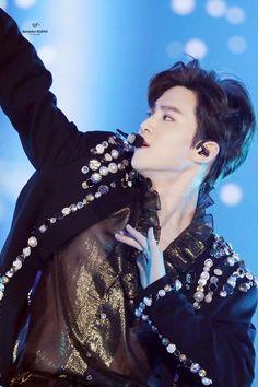 Videos - Index/Tags - Events Discography Comeback Guide Welcome to DAILYEXO! Exo Ot12, Suho Exo, K Pop, Exo Korean, Best Kpop, Foto Jungkook, Kim Junmyeon, Xiu Min, Exo Members