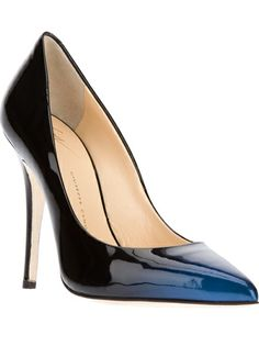 Loving the Bi-color simple pump~!  Giuseppe Zanotti Design Bi-Colour Pump