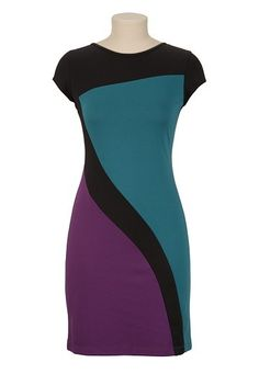 Colorblock Shift Dress available at Curvy Fashion, Plus Size Fashion, Simple Dresses, Dresses For Work, Dress Outfits, Fashion Dresses, Color Blocking Outfits, Plus Size Kleidung, Frack