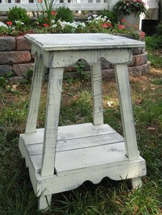 Side Table 20in. x 20in x 30in  Round Top Available