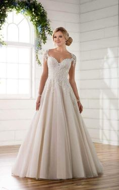 D2253 Illusion Sleeve Wedding Dress with Keyhole Back by Essense of Australia