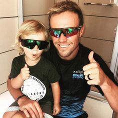 The Oakley boys are happy and ready for the summer Ab De Villiers Wife, Ab De Villiers Photo, Ab De Villiers Record, Ab De Villiers Retirement, Ab De Villiers Batting, Super Dad, Net Worth, Biography, Cricket
