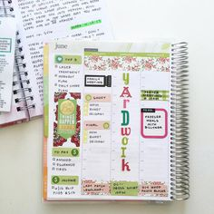 Upcoming week in my #ECHourly planner. SOMEONE rearranged plans for Wednesday so I have to move the sticker, but I don't have the heart to yet. Haha! @billynda_griffith @erincondren #erincondren #erincondrenlifeplanner #planneraddict #plannerlove #plannerjunkie