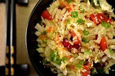 Salát z pekingského zelí se sezamem a chilli Easy Dinner Recipes, Ham, Cabbage, Salads, Cooking Recipes, Vegan, Fresh, Ethnic Recipes, Vegetable Recipes