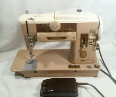 Singer 401A Sewing Machine SLANT-O-MATIC with accessories #Singer