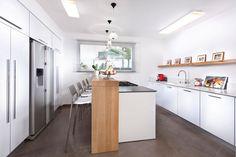 שיפוץ קומפלט: דירה חיפאית במייקאובר מסחרר | בניין ודיור