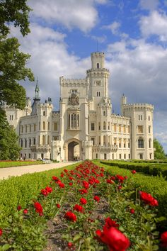 Czech Republic Travel Inspiration - Hluboka Castle ~ considered to be one of the most beautiful castles in the Czech Republic. Originally Gothic style, construction was ordered in the century in the romantic style of the WIndsor Castle. Castle Ruins, Castle House, Medieval Castle, Victorian Castle, Gothic Castle, Beautiful Castles, Beautiful Buildings, Beautiful Places, Modern Buildings
