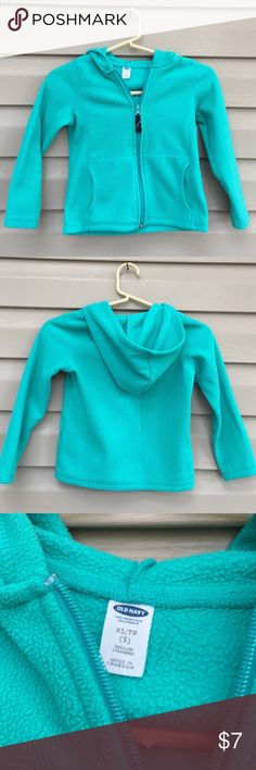 Old Navy girls hoodie Nice fleece zip front hoodie with front pockets 100% polyester no stains or holes Old Navy Shirts & Tops Sweatshirts & Hoodies