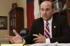"""Rep. Louie Gohmert feels """"an apology is due"""" to this DC man."""
