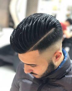 "Gefällt 926 Mal, 20 Kommentare - Nando Quaranta (@nando.quaranta_barber) auf Instagram: ""#barber #razorfade #cut #zeronodi #menshair #sharpfade #wordstar #barberworld #menshaircut…"""