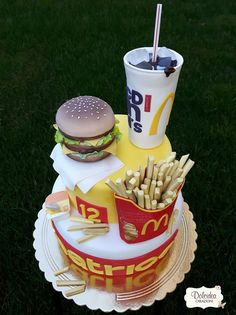 Torta Big Mac Mc Donald's - Big Mac Mc Donald's cake