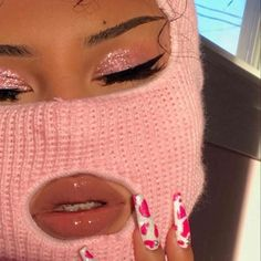 aesthetic makeup vintage aguccishawty new Badass Aesthetic, Boujee Aesthetic, Bad Girl Aesthetic, Aesthetic Collage, Aesthetic Makeup, Aesthetic Vintage, Aesthetic Photo, Aesthetic Pictures, Aesthetic Clothes