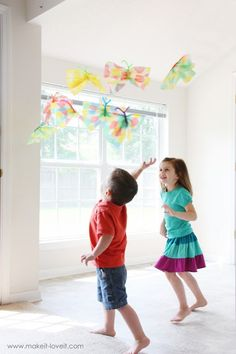 Paper towel Butterflies !! Sweet and fun for children :)
