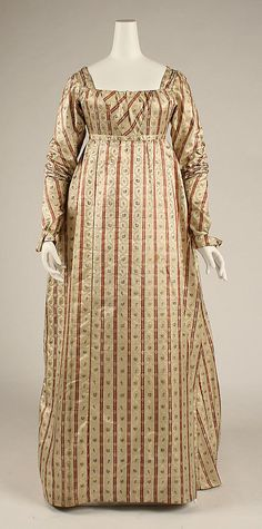Dress    Date:      ca. 1800  Culture:      British  Medium:      silk  Dimensions:      Length at CB: 62 1/2 in. (158.8 cm)  Credit Line:      Hoechst Fiber Industries Fund, 1981  Accession Number:      1981.393.2