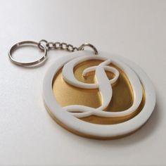 #acrylic #Keychain #whiteandgold #lasercut #creacionesabreu #papeleriaabreu #llavero #acrilico by carolabreuh