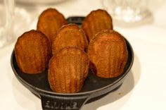 Vers gebakken Madeleinekoekjes