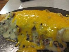 Breakfast Burrito's are one of my families favorite breakfast foods.no one ever complains.BUT there is only so many things that you can. Savory Breakfast, Breakfast Burritos, Breakfast For Dinner, Breakfast Dishes, Breakfast Casserole, Best Breakfast, Breakfast Recipes, Breakfast Ideas, Christmas Breakfast