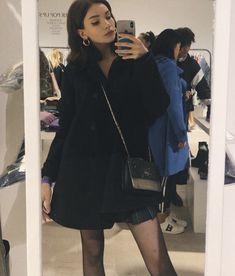 Veronica, Leather Skirt, Shirt Dress, Skirts, Dresses, Fashion, Fashion Styles, Vestidos, Moda