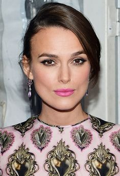 Pink lip + pink dress + pink earrings = perfect party look
