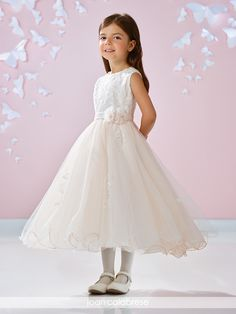 Joan Calabrese - 117350 - All Dressed Up, Flower Girl