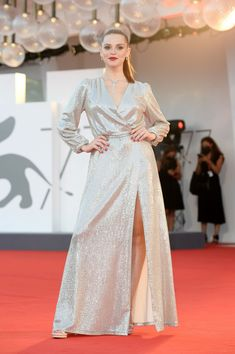 Film Festival, Venice, Red Carpet, Formal Dresses, Outfits, Fashion, Dresses For Formal, Moda, Suits