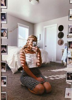 See more of gurl-moods's content on VSCO. Dream Rooms, Dream Bedroom, Cool Dorm Rooms, Vintage Grunge, Room Goals, Aesthetic Bedroom, Trendy Bedroom, My New Room, Design Case