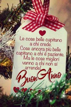 Good things happen to those who believe. Even more beautiful things happen to those who are patient. Happy New Year Gif, Merry Christmas And Happy New Year, Christmas Time, Christmas Bulbs, Christmas Cards, Xmas, Christmas Greetings, Christmas Ideas, Italian Quotes