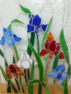 How To Do Beach Glass art - Glass art Videos - Stained Glass art - - Broken Glass art Videos Broken Glass Art, Sea Glass Art, Stained Glass Flowers, Stained Glass Art, Stained Glass Projects, Stained Glass Patterns, Glass Ceramic, Mosaic Glass, Smash Glass