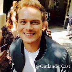 Sam Heughan Caitriona Balfe, Sam Heughan Outlander, Outlander Series, Beautiful Celebrities, Beautiful Men, Abc Studios, Sam Heugan, Sam And Cat, Scottish Actors
