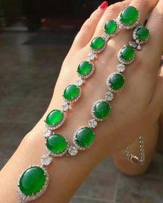 #RepostSave @margueritecaicai with @repostsaveapp  · · ·  #jewellry #jewelry #gem #jadeite #jade