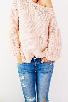 Oversize knitted sweater_ FREE PATTERN