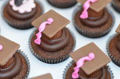 Cupcakes formatura chocolate Misses Cakes