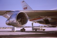 Esssential servicing for a brand-new 747 in the summer of 1970 TWA