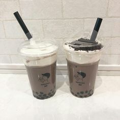 shake shakes coffee milk tea milktea boba cute beige soft pastel tasty yummy drink food sweet starbucks milkshakes milky r o s i e Aesthetic Coffee, Aesthetic Food, Bubble Tea, Bebida Boba, Yummy Drinks, Yummy Food, Boba Drink, Eat This, Cafe Food