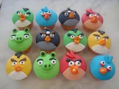 Angry+birdies+cupcake+toppers+by+Craftytreets+on+Etsy,+$40.00