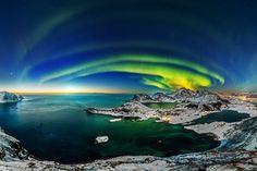 Aurore boréales aux îles lofoten (Martin Kulhavy)