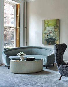 Elegant Curved Sofa Design and Pictures 13 Spacious Living Room, Living Room Sofa, Living Room Decor, Interior Design Boards, Home Interior, Sofa Design, Curved Couch, Sofa Furniture, Modern Furniture