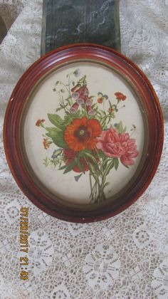 Vtg Pressed Wood Framed Foxglove Peony Floral Bouquet Print Victorian Style Gold Lined Oval Picture Frame by treasuretrovemarket on Etsy Oval Picture Frames, Vintage Picture Frames, Gold Line, Paint Stain, Shabby Chic Cottage, Floral Bouquets, Wood Veneer, Victorian Fashion, Peony